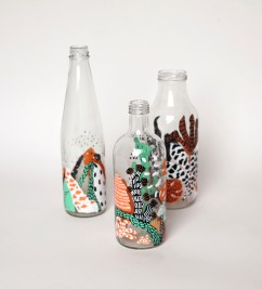 BOTTLES ILLUSTRATION